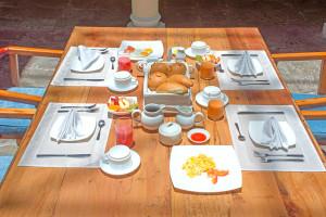 breakfast-casa-el-eden-quito-ecuador-8